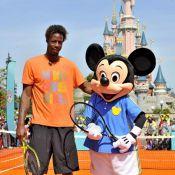 Match de tennis exceptionnel : Mickey a mis la raclée à... Gaël Monfils !