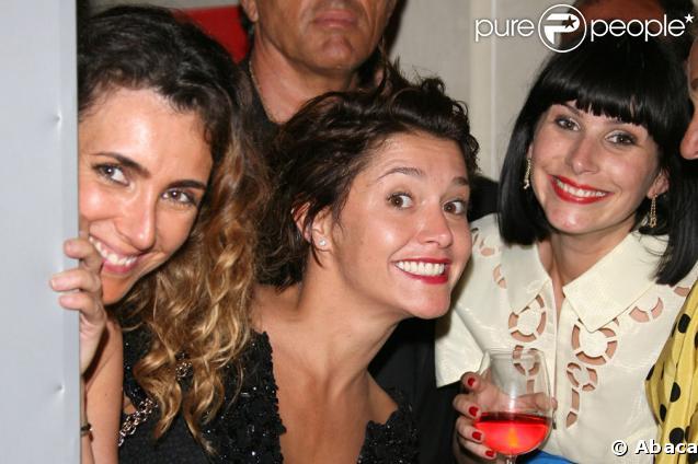 Mademoiselle Agnès, Emma de Caunes et Cécile Togni à l'occasion de la soirée Figaro Madame au Pavillon Canal+, le 20 mai 2009 lors du 62e Festival de Cannes