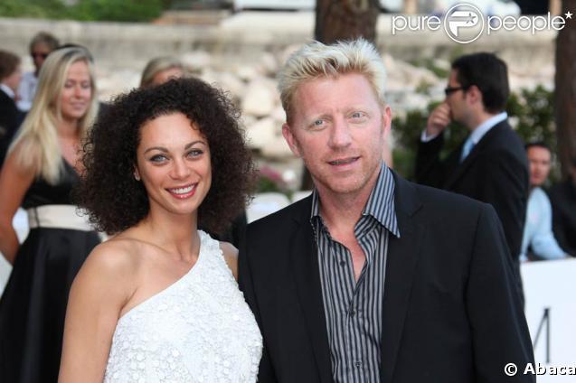 A la veille du Grand Prix de Monaco, Boris Becker et Charlely Kerssenberg assistent au défilé de la collection swimsuit de Liz Hurley