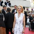 Laura Adler lors de la montée des marches précédant la projection de Visage le 23 mai 2009 durant le 62e Festival de Cannes