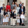La famille royale d'Espagne à la communion de Juan et Pablo, enfants de Cristina d'Espagne. 23/05/09