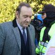 Kevin Spacey quitte le palais de justice à Nantucket, dans le Massachusetts, où l'acteur avait rendez-vous avec un juge qui devait lui signifier son inculpation pour l'agression sexuelle d'un jeune homme de 18 ans en 2016, la première matérialisation pénale des dizaines d'accusations qui pèsent sur lui. Le comédien ne s'est pas exprimé durant l'audience, mais selon plusieurs médias locaux, il a plaidé non coupable, conformément à ce qu'il avait annoncé. Nantucket le 7 janvier 2019 07/01/2019 - Nantucket