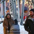 """Kate Hudson, son compagnon Danny Fujikawa et leur bébé Rani Rose sortent d'un dîner chez """"Meat & Cheese"""" dans la station de Aspen le 23 décembre 2018."""