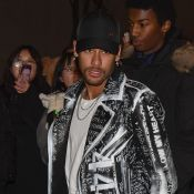 Fashion Week : Neymar, Cindy Bruna et Pierre Niney lookés chez Balmain