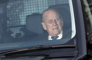 Prince Philip : L'époux d'Elizabeth II durement attaqué après son accident
