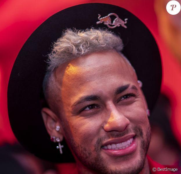 """Neymar Jr. lors de la soirée d'anniversaire """"Neymar JR'S: Nuit Rouge"""" des 27 ans de Neymar Jr. au Pavillon Gabriel à Paris, France, le 4 février 2019. © Sarah Bastin/Red Bull Content Pool/Bestimage"""