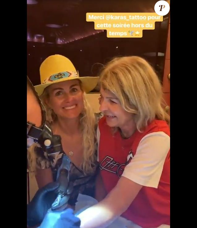 Laeticia Hallyday publie des vidéos de sa maman Françoise Thibaut qui se fait tatouer pour la première fois. Instagram, le 4 mars 2019.