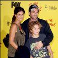 Luke Perry en famille - Soirée du 20e anniversire des Simpsons à Los Angeles.