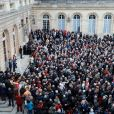L'ancien premier ministre et maire de Bordeaux Alain Juppé et sa femme Isabelle recçoivent les Bordelais dans la cour de l'hôtel de ville avant de quitter définitivement le poste de maire afin d'être membre du conseil constitutionnel, le 7 Mars 2019 à Bordeaux. © Patrick Bernard-Fabien Cottereau/ Bestimage