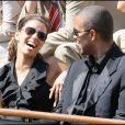 Tony Parker fait hurler de rire sa femme à Roland-Garros, le 5 juin 2009
