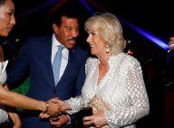 Prince Charles et Camilla : Soirée cocktails avec Lionel Richie aux Caraïbes