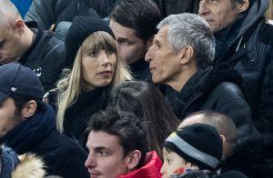 France-Islande : Nagui célèbre la belle victoire avec un baiser à sa femme