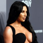 Kim Kardashian : Sculpturale dans la mini-robe mythique de Naomi Campbell