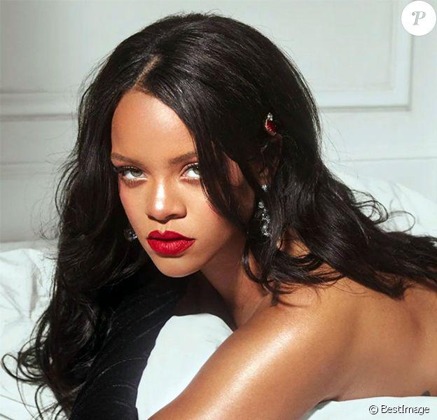 Rihanna pose très dénudée pour la nouvelle campagne de sa marque Savage X Fenty, le 3 décembre 2018 à New York.