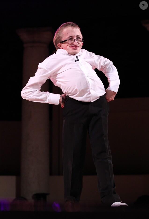 Guillaume Bats sur scène à Ramatuelle en 2012.
