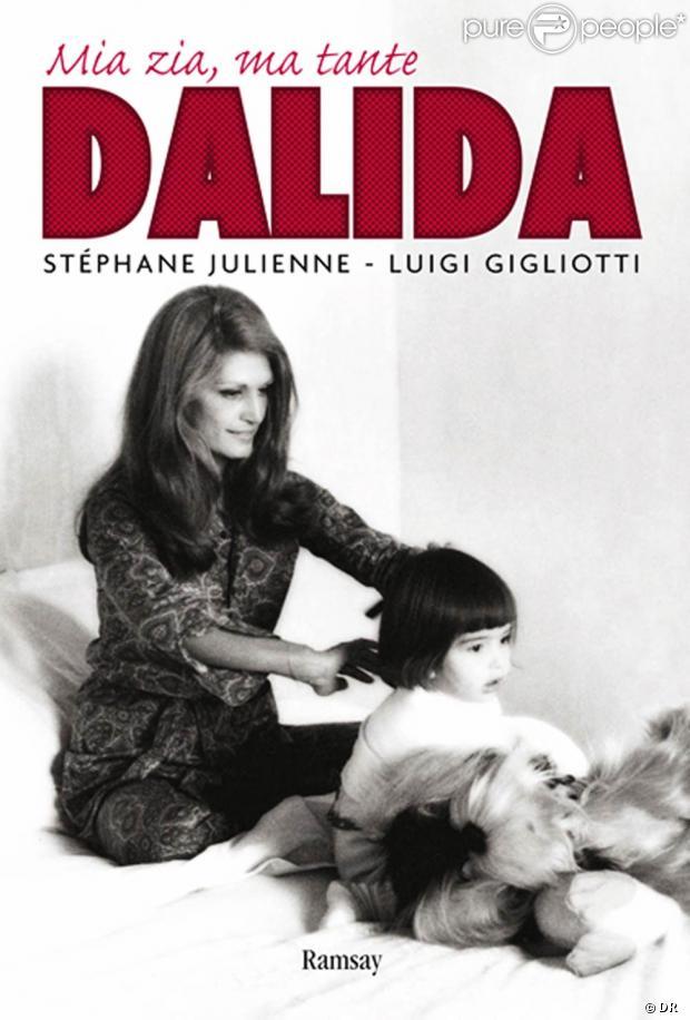 Luigi gigliotti ouvre le jardin secret de sa tante dalida fid le elle m me jusqu 39 en - Ma tante veut coucher avec moi ...