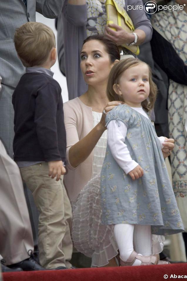 christian et isabella les enfants de la princesse mary de danemark ont tent de s 39 chapper. Black Bedroom Furniture Sets. Home Design Ideas