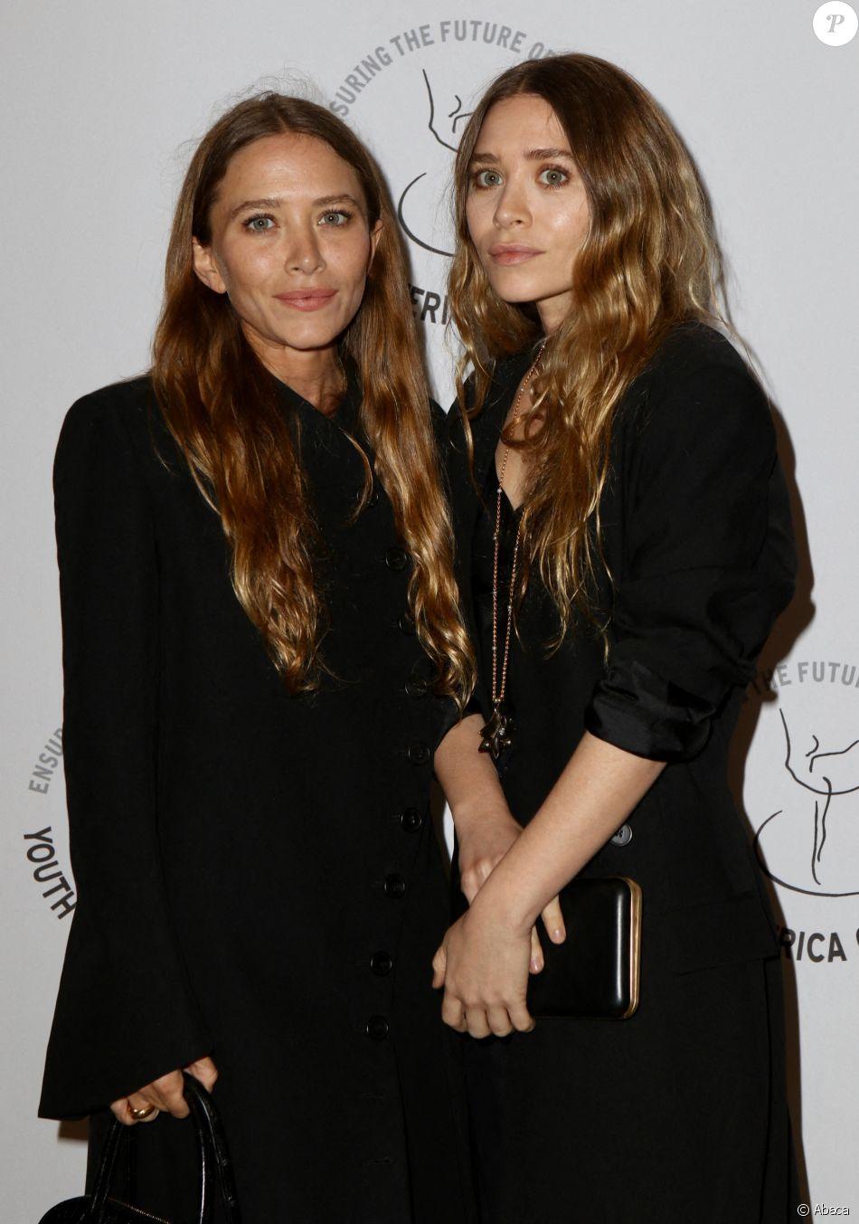 Mary-Kate et Ashley Olsen au gala du 20e anniversaire de  YAGP (Youth america grand prix) organisé le 18 avril 2019 à New York.