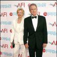 Warren Beatty et sa femme Annette Bening à la soirée AFI donnée en l'honneur de Michael Douglas