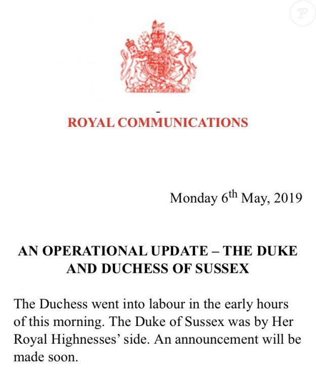 Communiqué du palais de Buckingham signalant que le travail a commencé pour Meghan Markle le 6 mai 2019 : la duchesse de Sussex doit accoucher de son premier enfant avec le prince Harry.