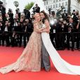 """Helen Mirren et Andie MacDowell - Montée des marches du film """"Les plus belles années d'une vie"""" lors du 72ème Festival International du Film de Cannes. Le 18 mai 2019 © Jacovides-Moreau / Bestimage"""