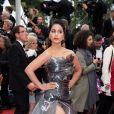 """Loubna Abidar - Montée des marches du film """"Les plus belles années d'une vie"""" lors du 72ème Festival International du Film de Cannes. Le 18 mai 2019 © Borde / Bestimage"""