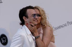 Pamela Anderson : Maman canon et fière de son fils au gala de l'amfAR