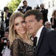 "Nicole Kimpel et son compagnon Antonio Banderas - Montée des marches du film ""Hors Normes"" pour la clôture du 72ème Festival International du Film de Cannes. Le 25 mai 2019 © Jacovides-Moreau / Bestimage  Red carpet for the movie ""Hors Normes"" during the 72nd Cannes International Film festival. On may 25th 201925/05/2019 -"