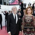 "Bernard Le Coq, Emmanuelle Devos - Montée des marches du film ""Hors Normes"" pour la clôture du 72ème Festival International du Film de Cannes. Le 25 mai 2019 © Jacovides-Moreau / Bestimage  Red carpet for the movie ""Hors Normes"" during the 72nd Cannes International Film festival. On may 25th 201925/05/2019 -"