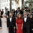 "Enki Bilal, Maimounia N'Diaye, Robin Campillo, Kelly Reichardt, Alejandro Gonzalez Inarritu, Elle Fanning, Yorgos Lanthimos, Alice Rohrwacher, Pawel Pawlikowski - Montée des marches du film ""Hors Normes"" pour la clôture du 72ème Festival International du Film de Cannes. Le 25 mai 2019 © Jacovides-Moreau / Bestimage  Red carpet for the movie ""Hors Normes"" during the 72nd Cannes International Film festival. On may 25th 201925/05/2019 -"