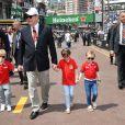 Le Prince Albert II de Monaco avec son fils le prince Jacques, Kaia-Rose, la fille de Gareth Wittstock, le frère de la princesse Charlene, et la princesse Gabriella durant le samedi 25 mai 2019, jour des essais qualificatifs pour le 77 ème Grand Prix de Formule 1 (F1) à Monaco. Monaco le 25 Mai 2019. © Bruno Bebert / Bestimage