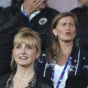 Julie Gayet et François Hollande à fond pour les Bleues en tribune !