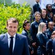 Le président Emmanuel Macron - Le président de la République et sa femme au Centre national de Football de Clairefontaine pour déjeuner avec l'équipe de France féminine le 4 juin 2019. © Pierre Perusseau / Bestimage