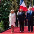 Le président français Emmanuel Macron et sa femme Brigitte, le président des Etats-Unis Donald Trump et sa femme Melania - Commémorations au cimetière américain lors du 75ème anniversaire du débarquement en Normandie. Le 6 juin 2019