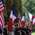 Les premières dames Brigitte Macron et Melania Trump lors de la cérémonie franco - américaine au cimetière américain de Colleville sur Mer le 6 juin 2019 dans le cadre du 75ème anniversaire du débarquement. © Stéphane Lemouton / Bestimage
