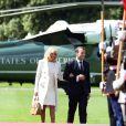 Le président Emmanuel Macron et sa femme Brigitte lors de la cérémonie franco - américaine au cimetière américain de Colleville sur Mer le 6 juin 2019 dans le cadre du 75ème anniversaire du débarquement. © Stéphane Lemouton / Bestimage