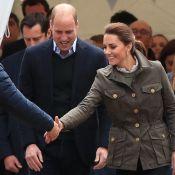 "Kate Middleton caresse ""Harry"" devant William en visite à Cumbria"