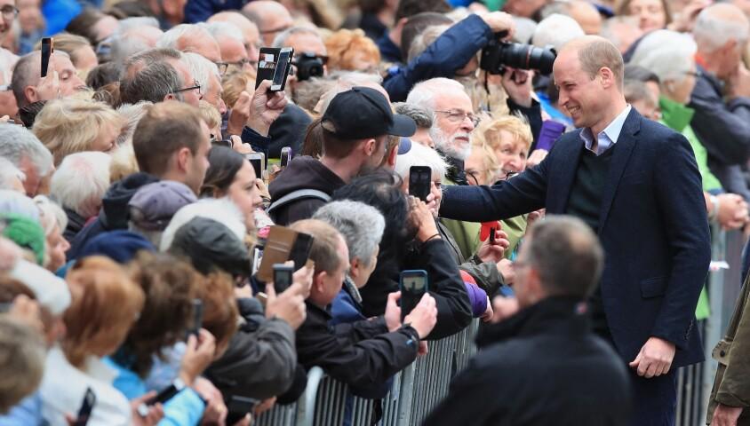Le prince William à la rencontre du public à Keswick dans le comté de Cumbria dans le nord de l'Angleterre, le 11 juin 2019.