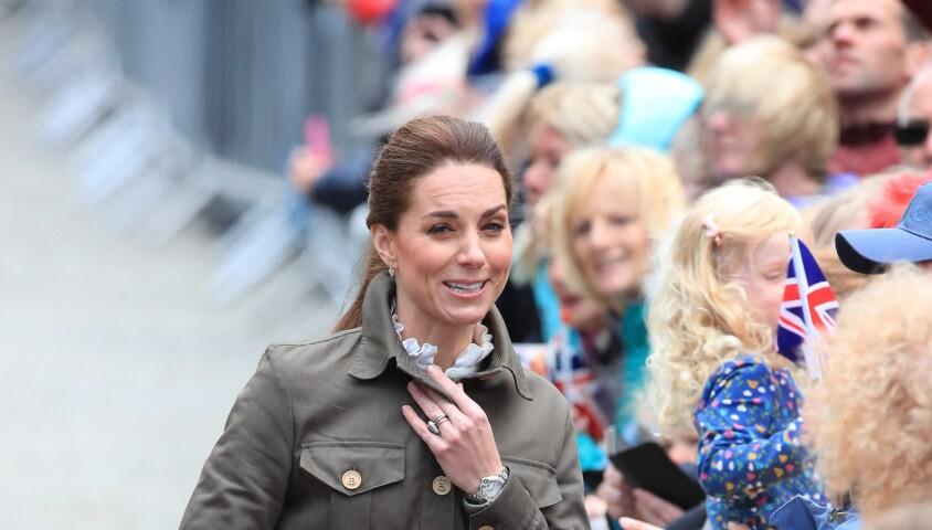 Kate Middleton, duchesse de Cambridge, à la rencontre du public à Keswick dans le comté de Cumbria dans le nord de l'Angleterre, le 11 juin 2019.