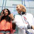 David Guetta et Kelly Rowland, à l'occasion de la 28e édition de la fête de la musique, à l'Hôtel de Broglie, le 21 juin 2009 !