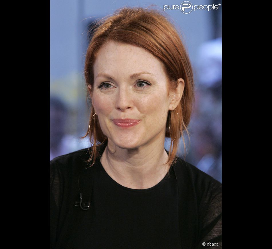 758773 together with Oscars 2015 furthermore Oscars 2015 Betting Odds 2015022100100 also Wholesale Oscar Trophy as well Julianne Moore m8998. on julianne moore oscars