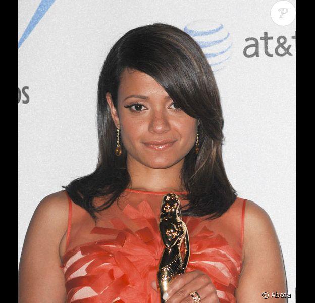 Judy Reyes reçoit un Alma Awards en août 2008