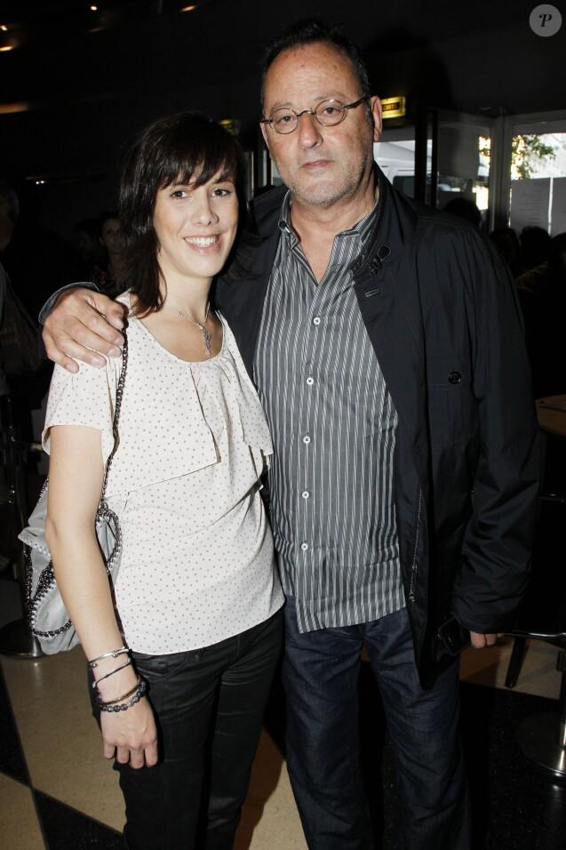 Exclusif - Jean Reno et sa fille Sandra -  Dernière représentation de Stripped, à la Cigale, le2 juillet 2011