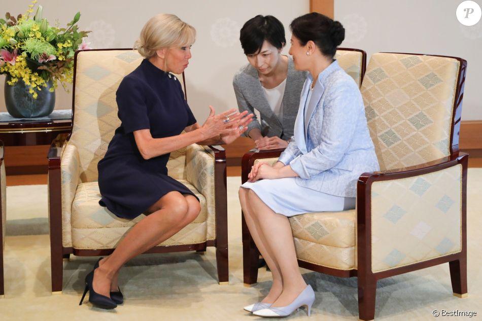 """de """"mon"""" PAYS DU SOLEIL LE VENT, le Japon 4875302-la-premiere-dame-brigitte-macron-et-l-im-950x0-2"""