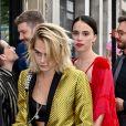 Cara Delevingne - Les invités de Zoe Kravitz et de son mari Karl Glusman arrivent au restaurant Lapérouse à Paris pour leur Pre Wedding Party le 28 juin 2019.