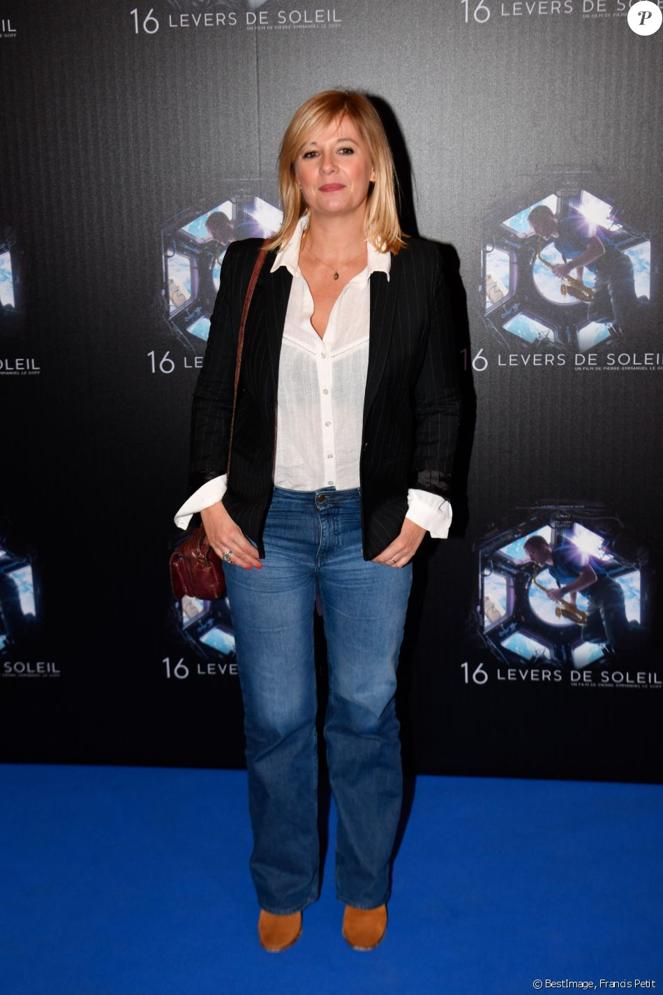 "Flavie Flament - Avant-première du film documentaire ""16 levers de soleil"" au cinéma Le Grand Rex à Paris, France, le 25 septembre 2018. © Francis Petit/Bestimage"