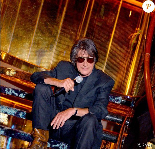 Jacques Dutronc fera son retour sur scène en 2010
