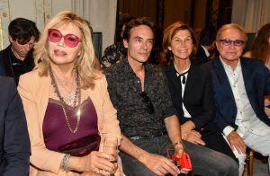 Anthony Delon : Amoureux de Haute Couture, au côté d'Amanda Lear