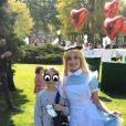 Alexandra Rosenfeld a publié une photo de sa fille Ava participant à la 3ème édition de la chasse aux oeufs de Pâques organisé par le comité du Faubourg Saint-Honoré en partenariat avec la Maison Dalloyau au jardin des Champs-Elysées, à Paris.