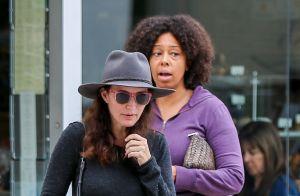 Kristin Davis en larmes en évoquant ses enfants, victimes de racisme